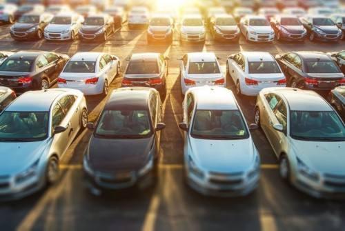 动辄上万员工,数千门店,汽车金融难逃线下之重的魔咒?