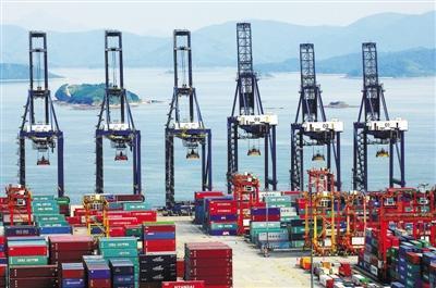 """跨境业务趋成熟 """"一带一路""""成港人民币新动力"""