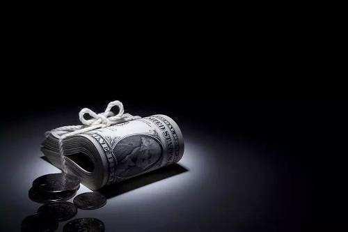 """银监会再""""锁喉""""现金贷 禁止消费金融公司提供资金"""