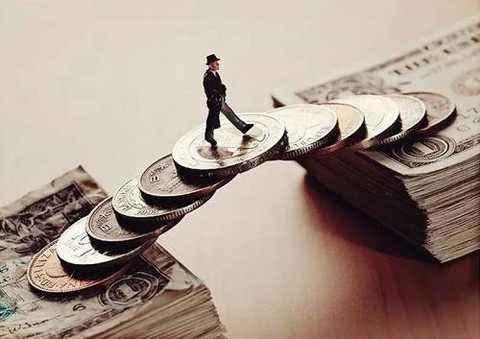 保险公司的消金野心:抢网络小贷牌照,上线贷款承保产品...