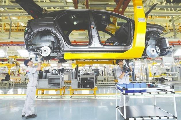 2017年 中国汽车市场整体呈现微增长的态势