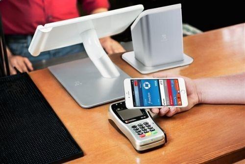 Apple Pay再达里程碑:美国半数商户支持