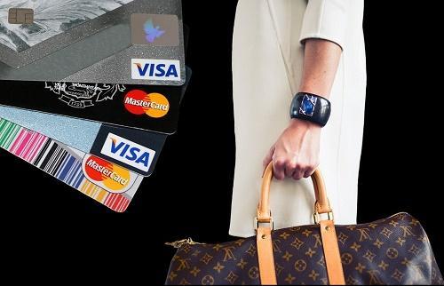 把握消费趋势,了解中国智能金融消费者