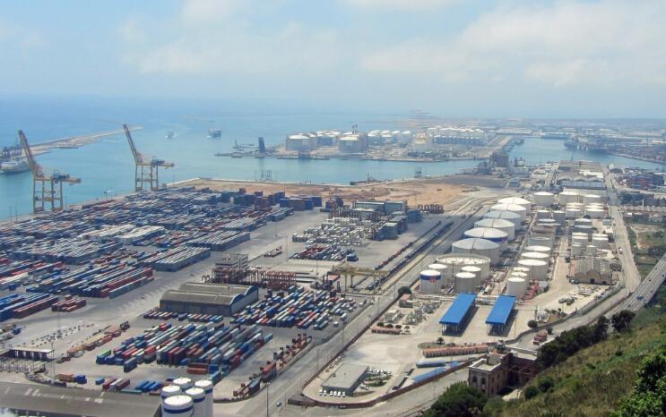 中国国际进口博览会专题:创新贸易金融产品 服务进口贸易