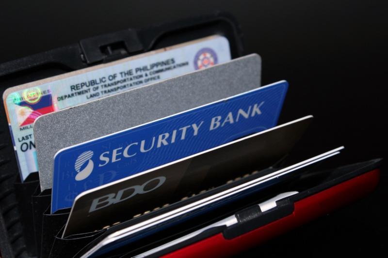 银行信用卡飙涨 半年如何发卡5000万张