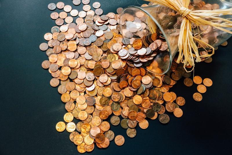 消费金融收缩阵线 多家中小银行暂停外省线上贷款