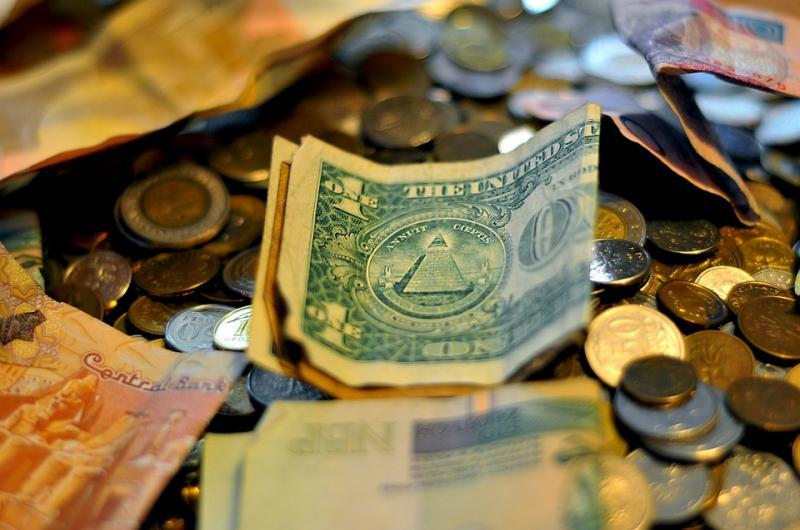 清华报告:消费金融占境内贷款比重去年10月达6.3%