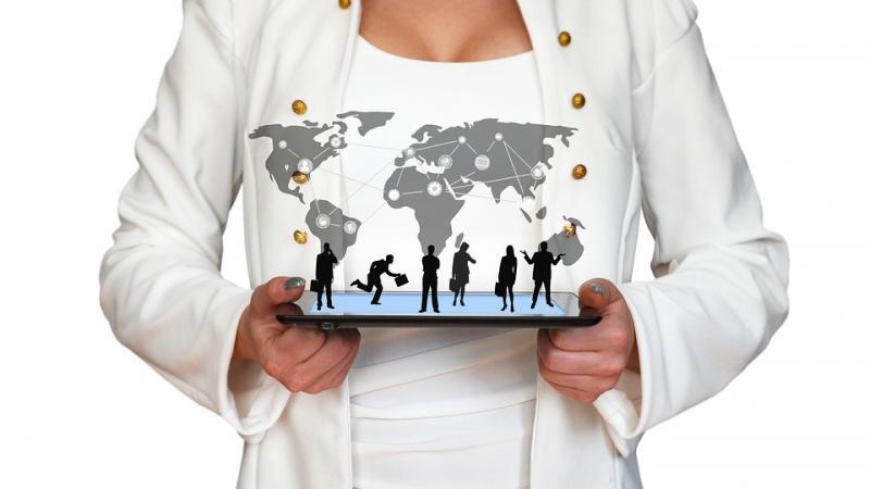 1063家正常运营网贷平台仅24家拥有网络小贷等金融牌照