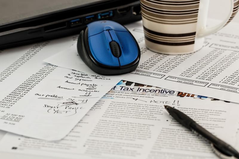 信用卡大封停?招行:网贷爆雷致风险客户集中